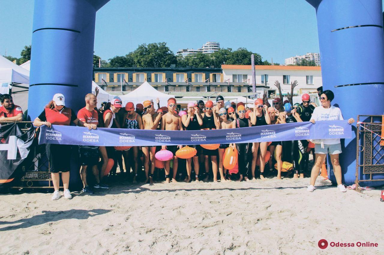 Oceanman-2020: во второй день соревнований в Одессе проводят детский и благотворительный заплывы (фото)