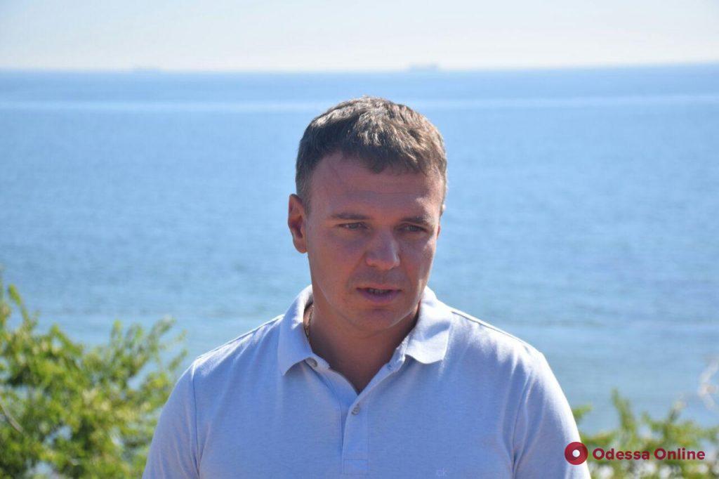Танкер «Делфи» покинул одесский пляж (фото, видео, обновлено)