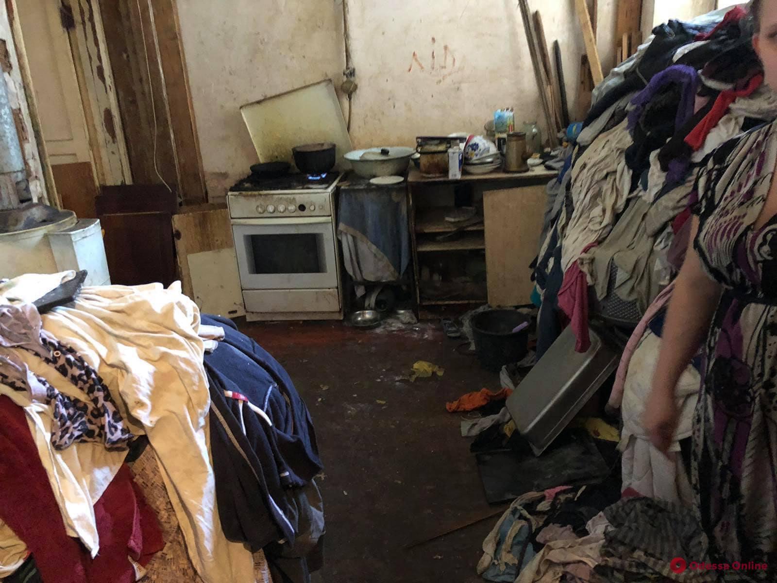 В Приморском районе у двух горе-матерей отобрали детей