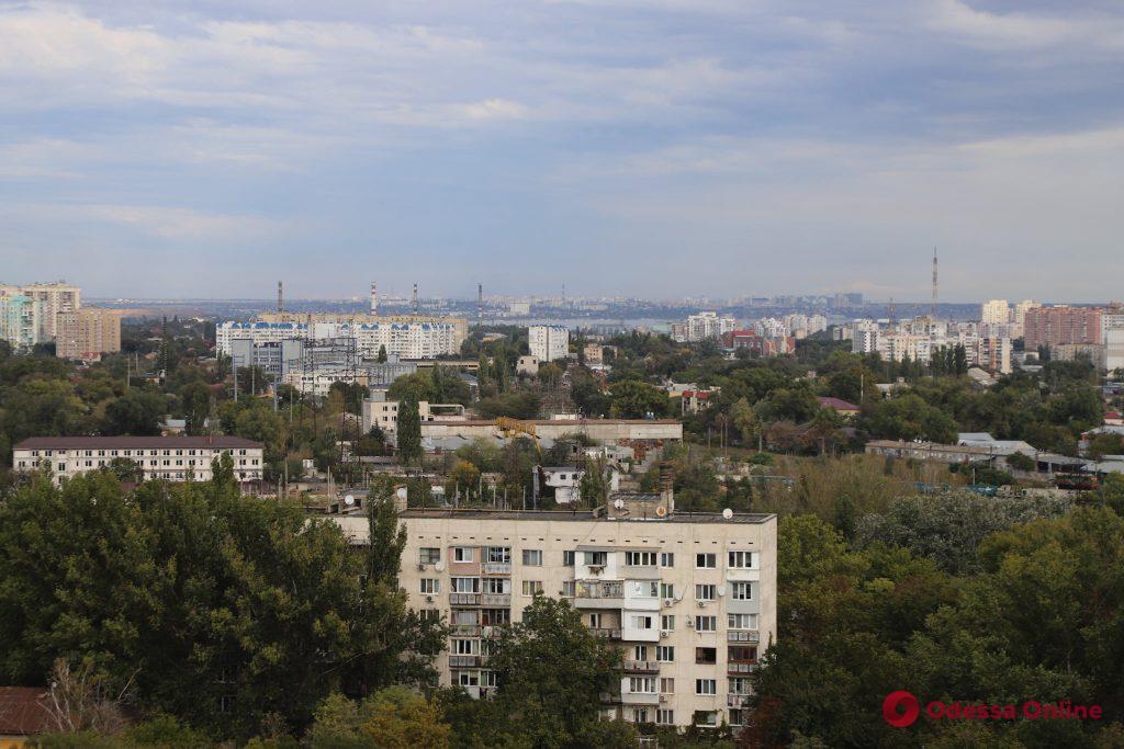 Мэр Одессы вручил документы на квартиру 12-летнему Максиму Ткачуку