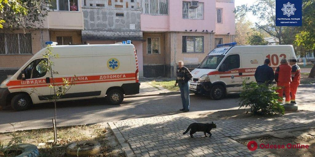 На Таирова патрульные полицейские предотвратили самоубийство