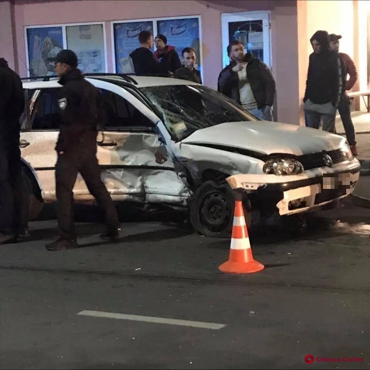 В Измаиле пьяный водитель устроил смертельное ДТП (фото, видео, обновлено)