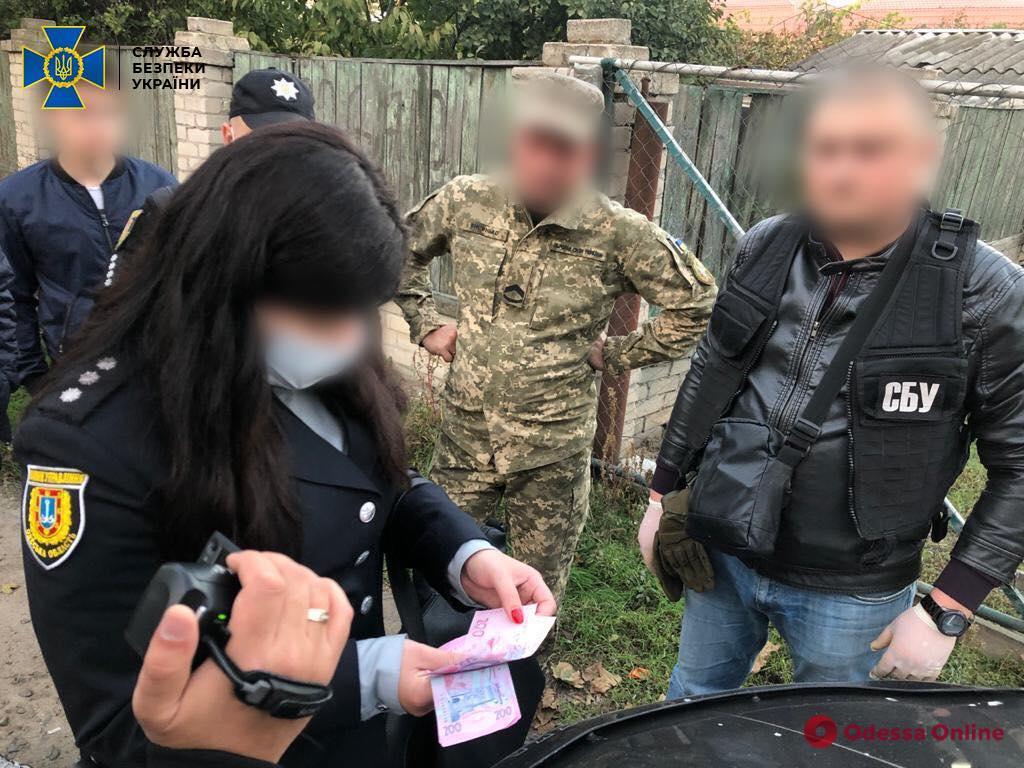 В Одесской области командир и старшина роты воинской части погорели на взятке