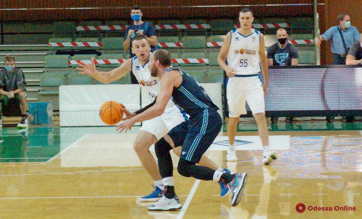 Баскетбол: «Одесса» дала бой чемпиону, но в финал Кубка Украины не вышла