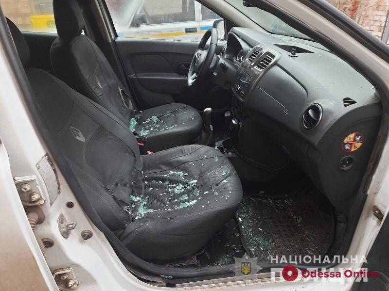 В Одесской области двое братьев набросились с кулаками на полицейских
