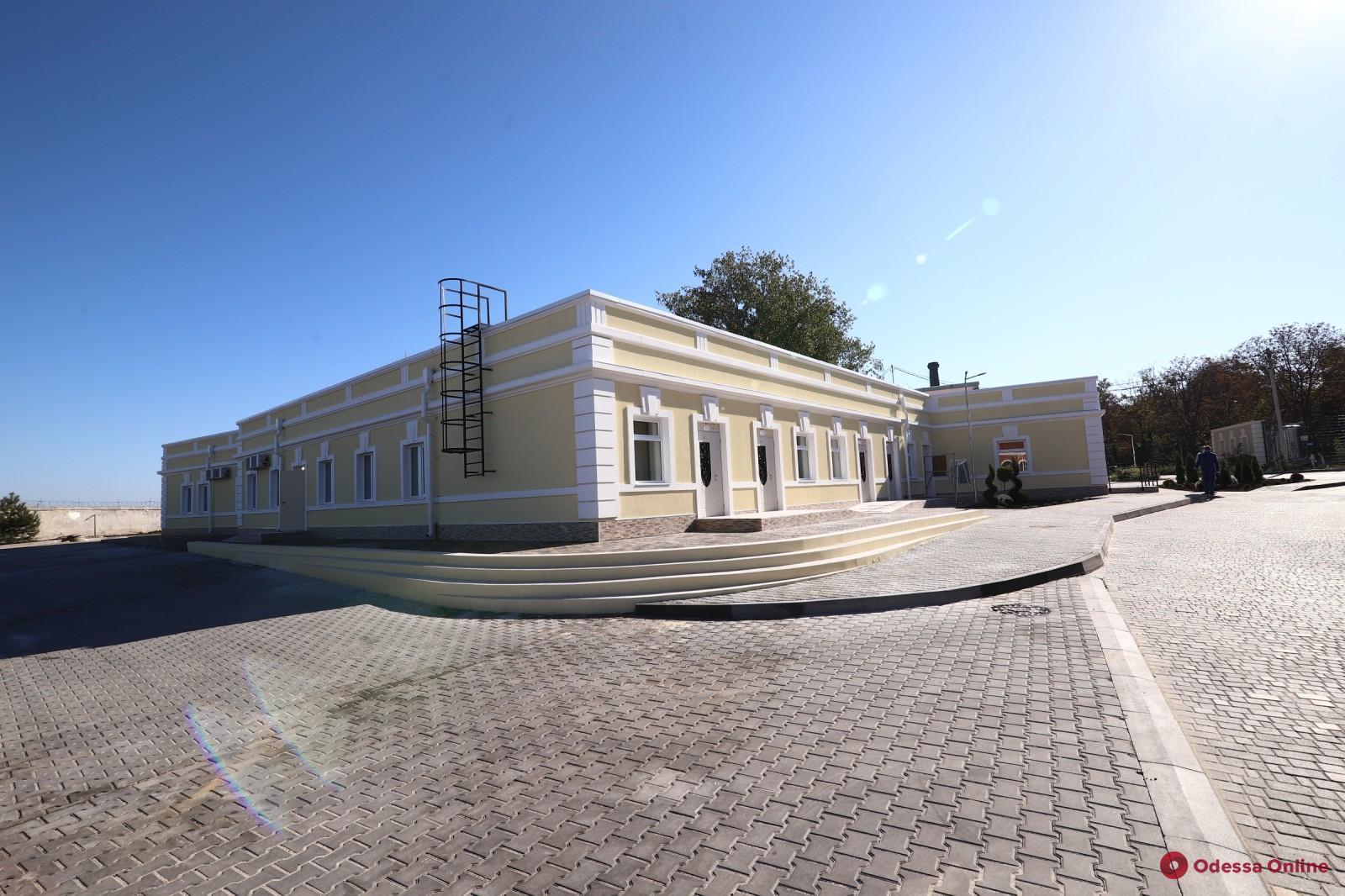 В одесской инфекционной больнице открылось новое отделение для пациентов с COVID-19