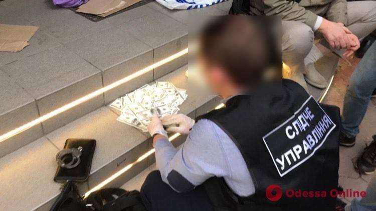Тысяча гривен за голос: полиция разоблачила в Одессе «сетку» подкупа избирателей
