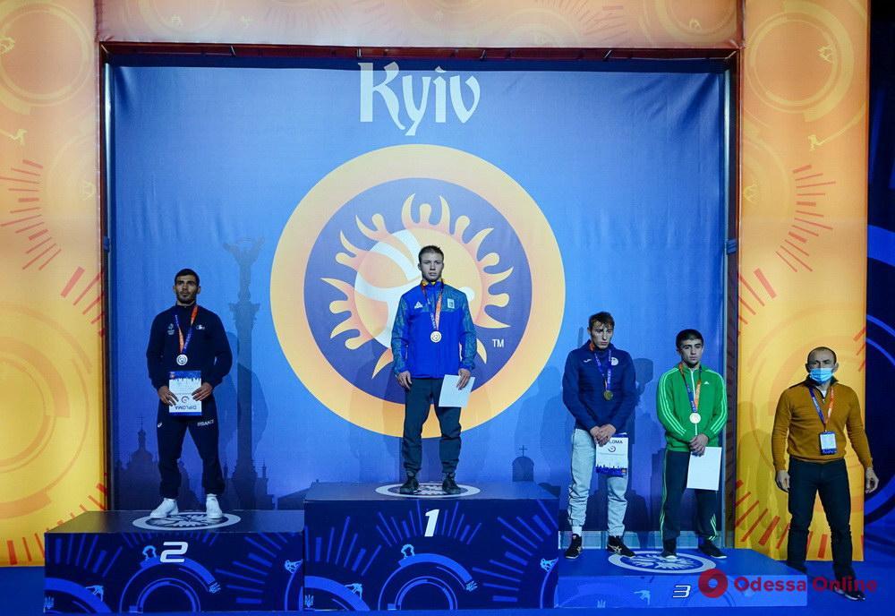 Спортсмены из Одесской области завоевали пять медалей крупного международного турнира по вольной борьбе