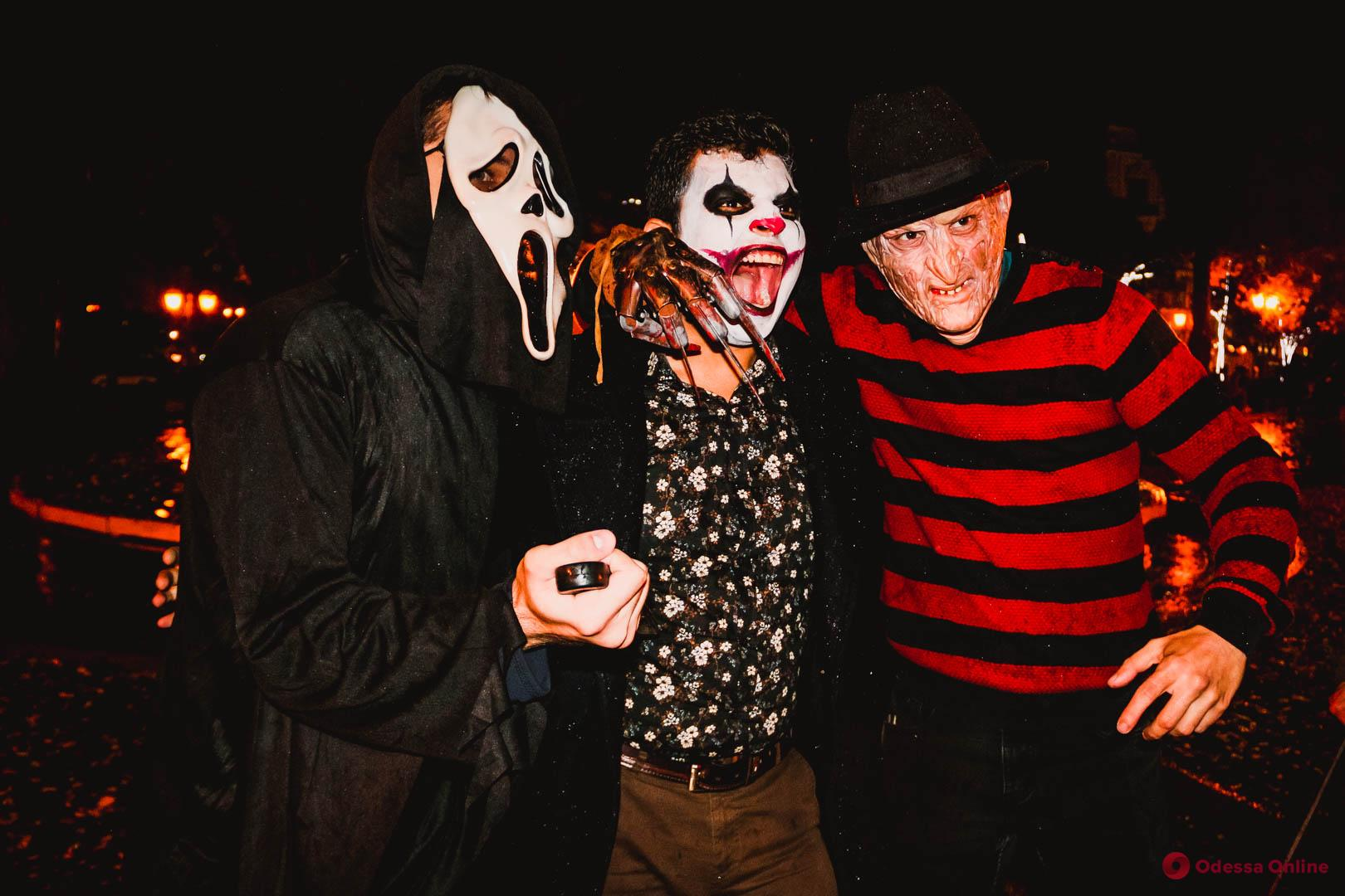 Скелеты, привидения и Фредди Крюгер: Одесса ярко празднует Хэллоуин (фоторепортаж)