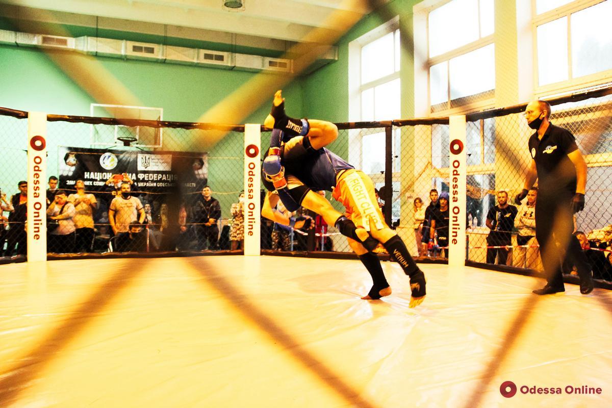 В Одессе состоялся Открытый Кубок области по ММА (фоторепортаж)
