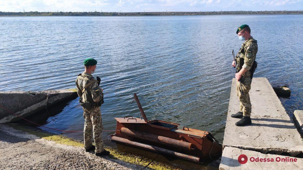 В Одесской области пограничники нашли подводную лодку контрабандистов