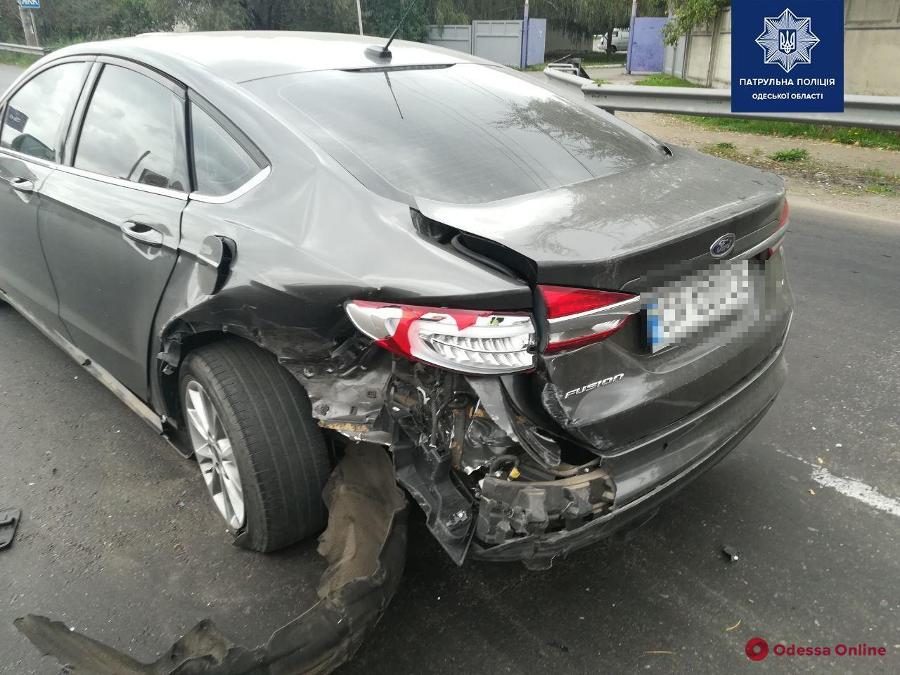 На Объездной дороге столкнулись Daewoo и Ford