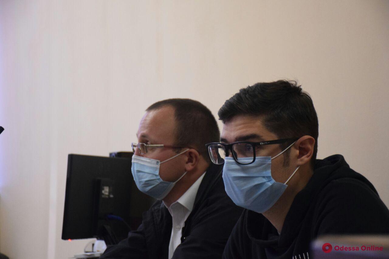 Покушение на Устименко: прокуратура просит для обвиняемых 10 лет тюрьмы