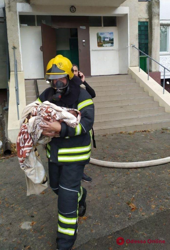 Переполох в девятиэтажке в Одесской области – жильцов эвакуировали
