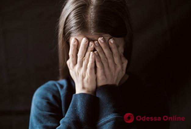 Избил и принялся душить: в Одессе нацгвардейцы спасли женщину от домашнего тирана