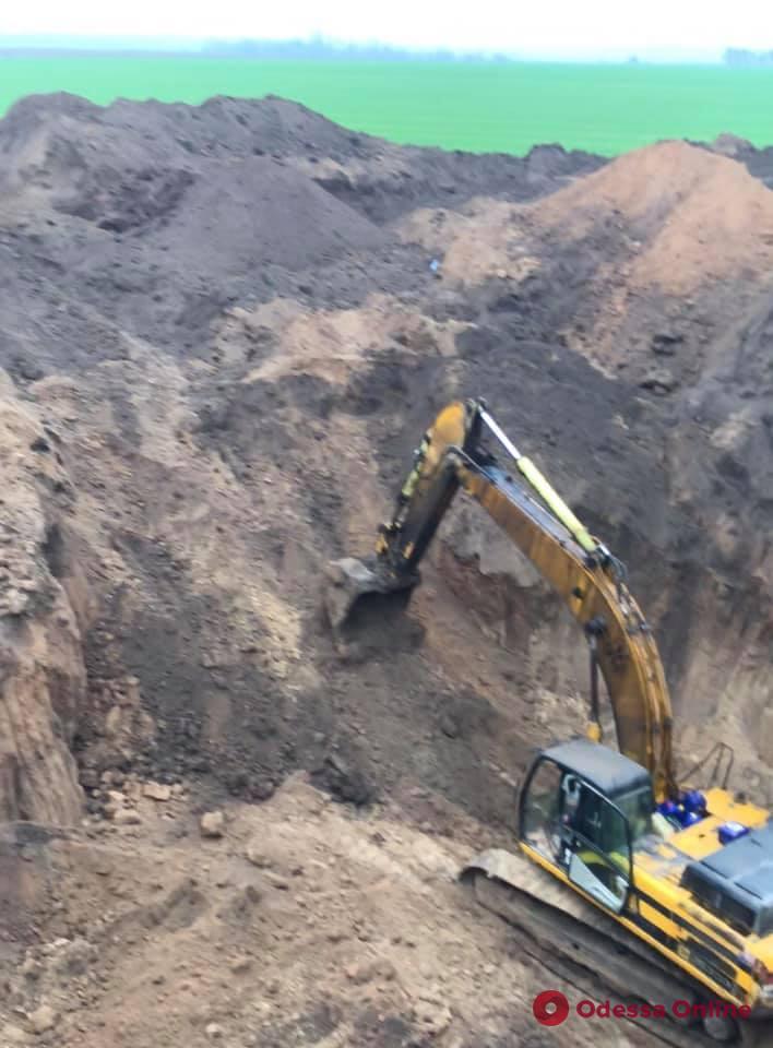Под охраной одесского агентства «Варта міста» в Николаевской области раскопали скифский курган