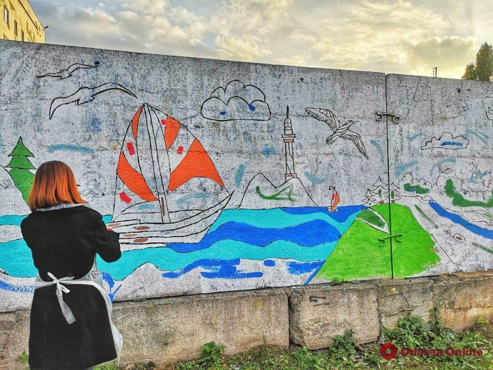 Художники продолжают украшать рисунками забор одесского онкодиспансера (фото)