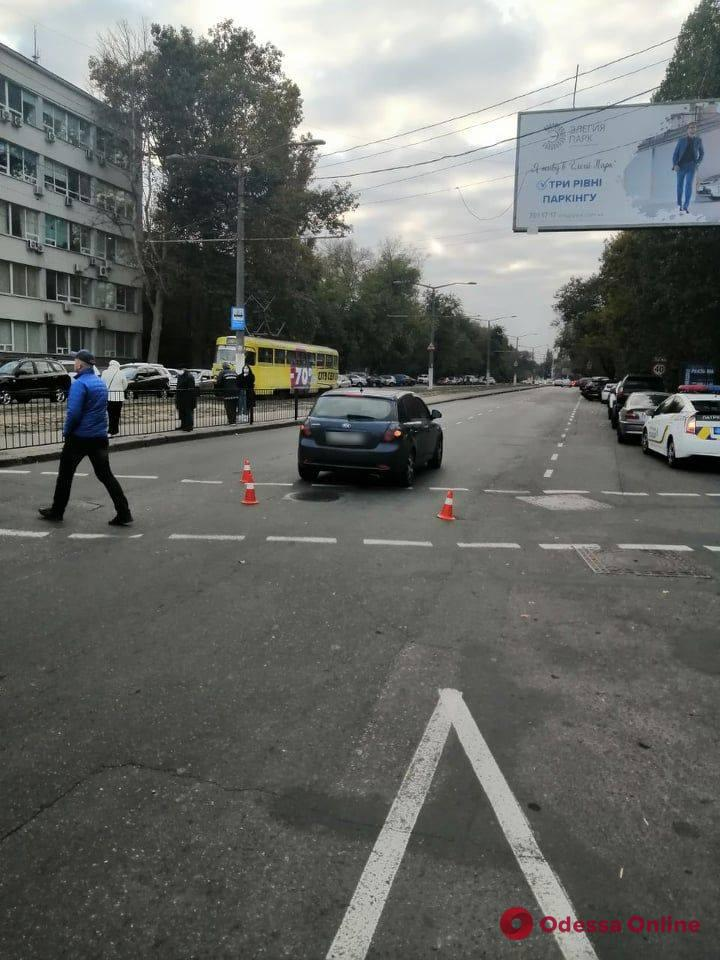 В Одессе на проспекте Гагарина сбили 17-летнюю девушку