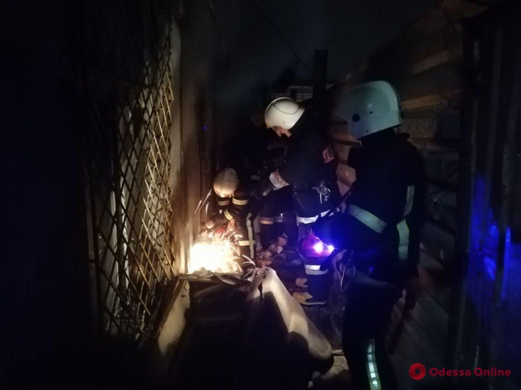 Во время пожара в центре Одессы спасали бездомных – один человек погиб