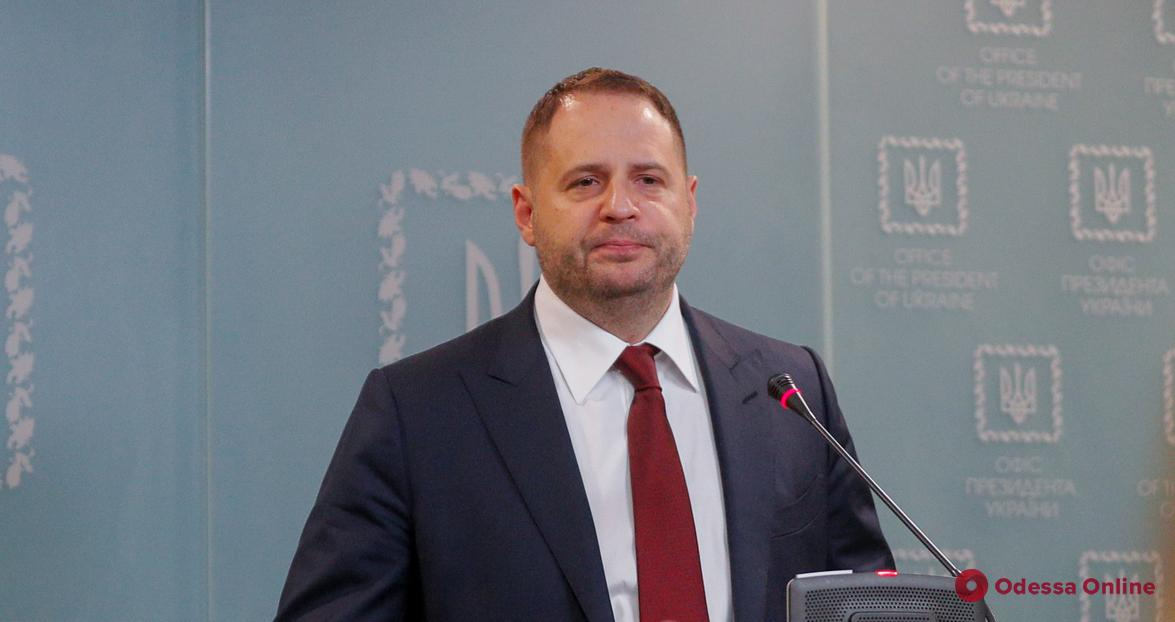 Глава Офиса президента Андрей Ермак заболел COVID-19