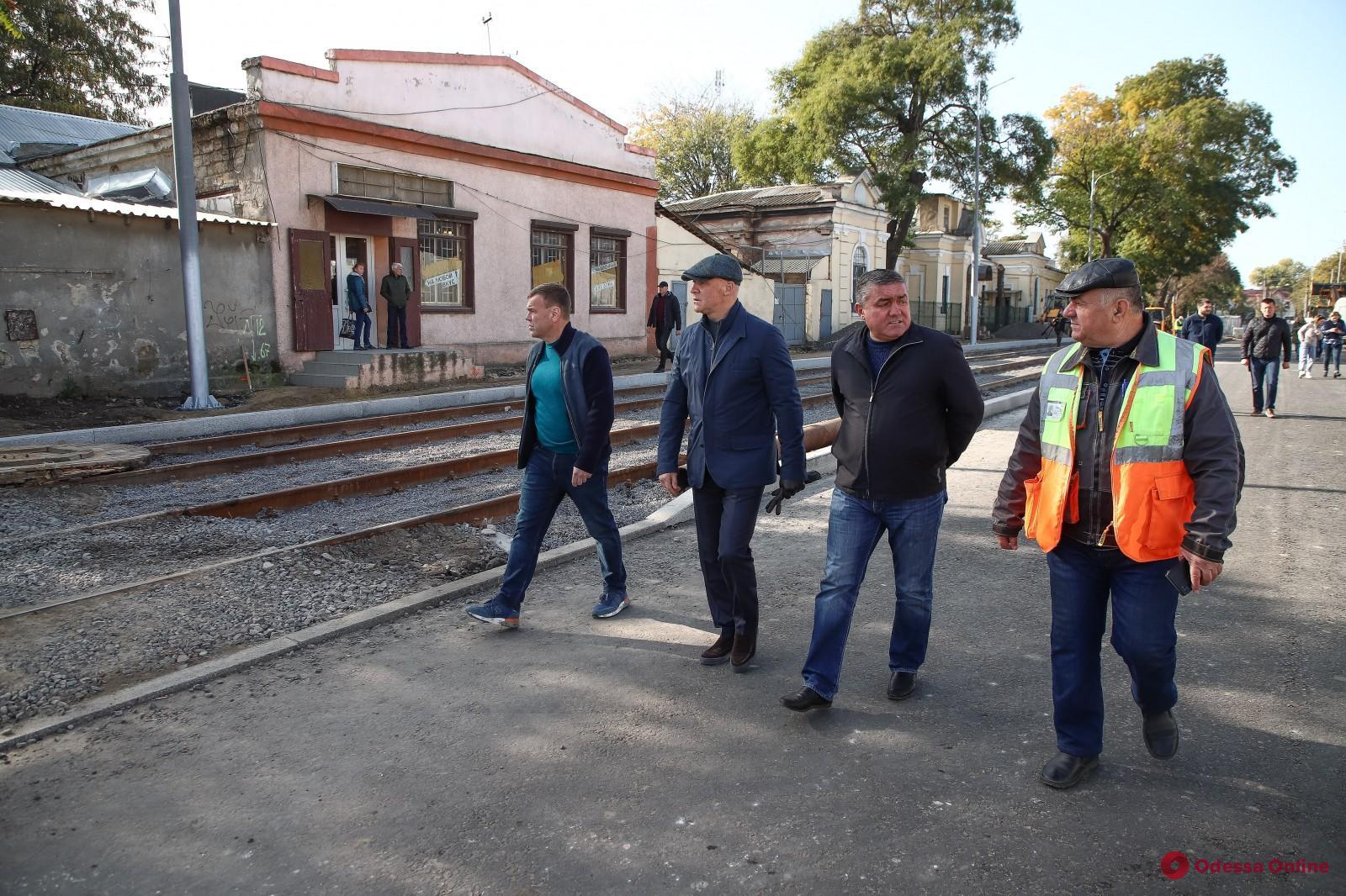Продолжается капитальный ремонт Новощепного ряда