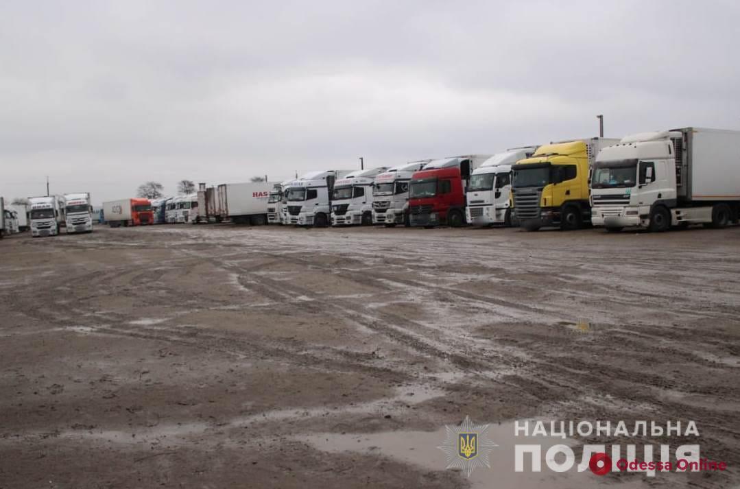 В Одесской области дальнобойщик-иностранец пытался убить коллегу