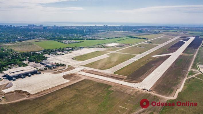 В сети показали видео новой взлетно-посадочной полосы Одесского аэропорта