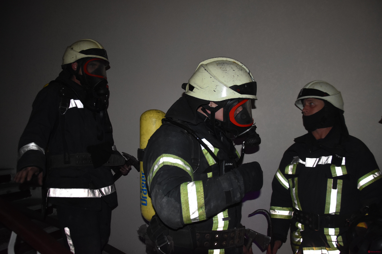Одесса: в общежитии на Академической вспыхнул пожар (фото)