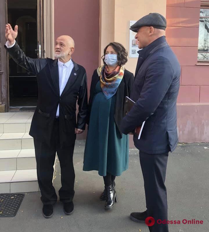 Геннадий Труханов поздравил Одесский художественный музей