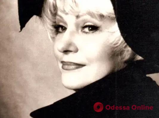 Covid-19: в Одессе скончалась известная журналистка Людмила Чекова