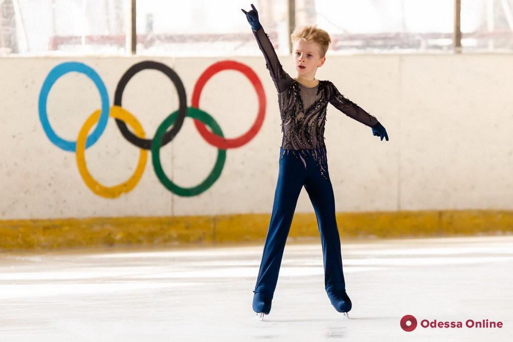 Фигурное катание: одесситы завоевали тринадцать медалей всеукраинского турнира