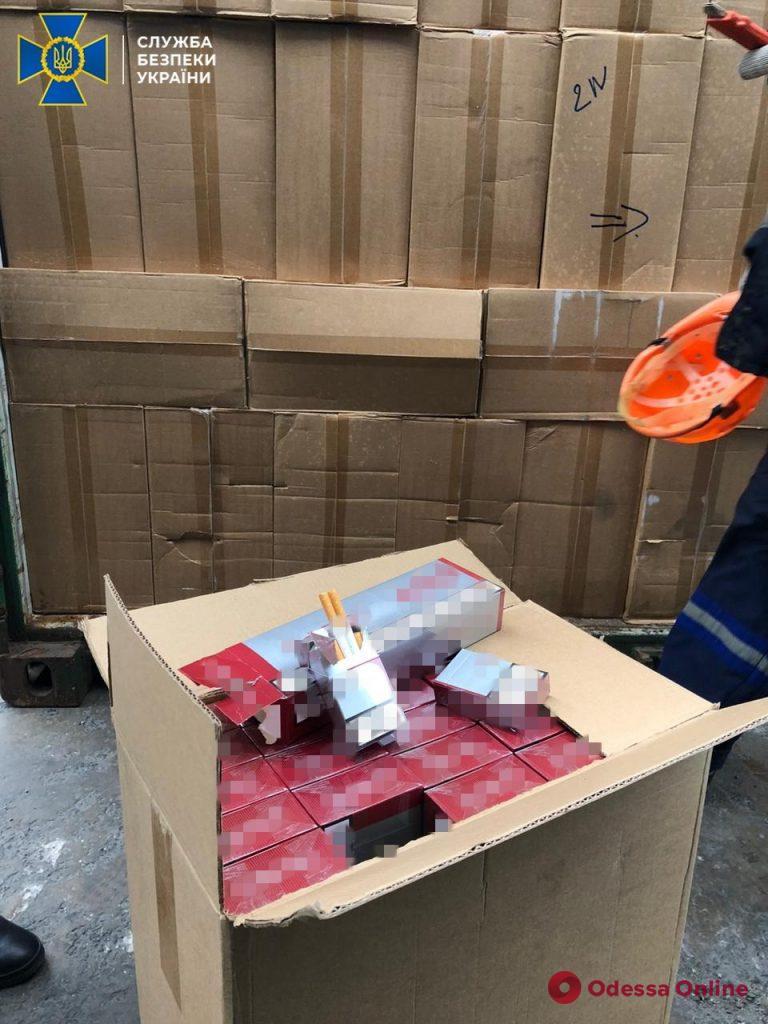 В Одесском порту СБУ обнаружила 16 тонн контрабандных сигарет