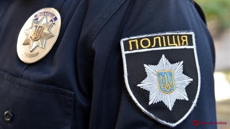 В Одессе полиция задержала двоих парней, которые обокрали кальянную