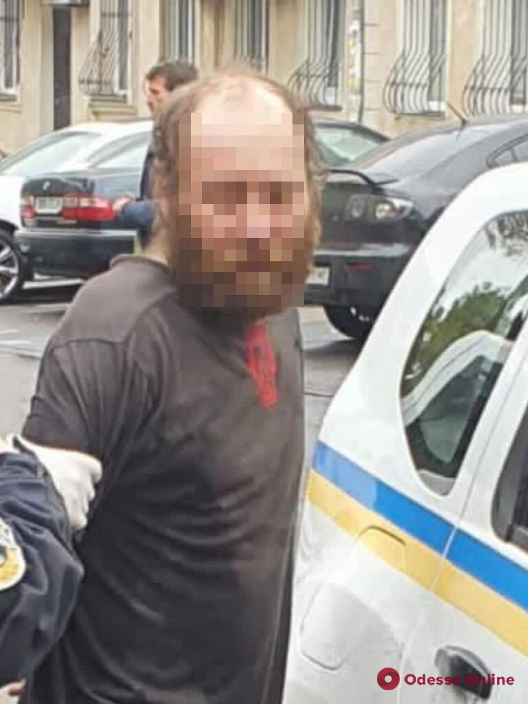 Убийство девушки в кофейне на Базарной: подозреваемого отправили в СИЗО