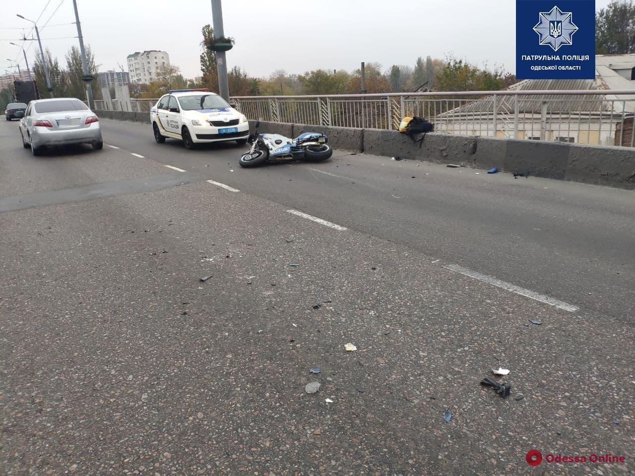 На Ивановском мосту произошло тройное ДТП