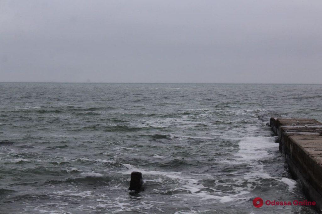 Год после крушения Delfi: водолазы рассказали, как спасали экипаж танкера