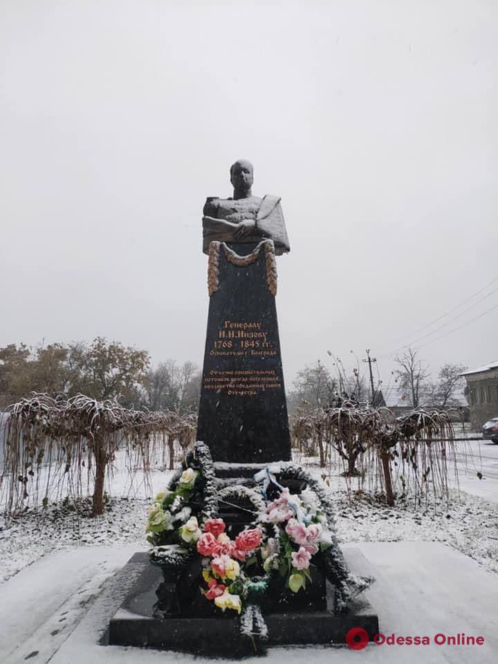 На юге Одесской области идет снег