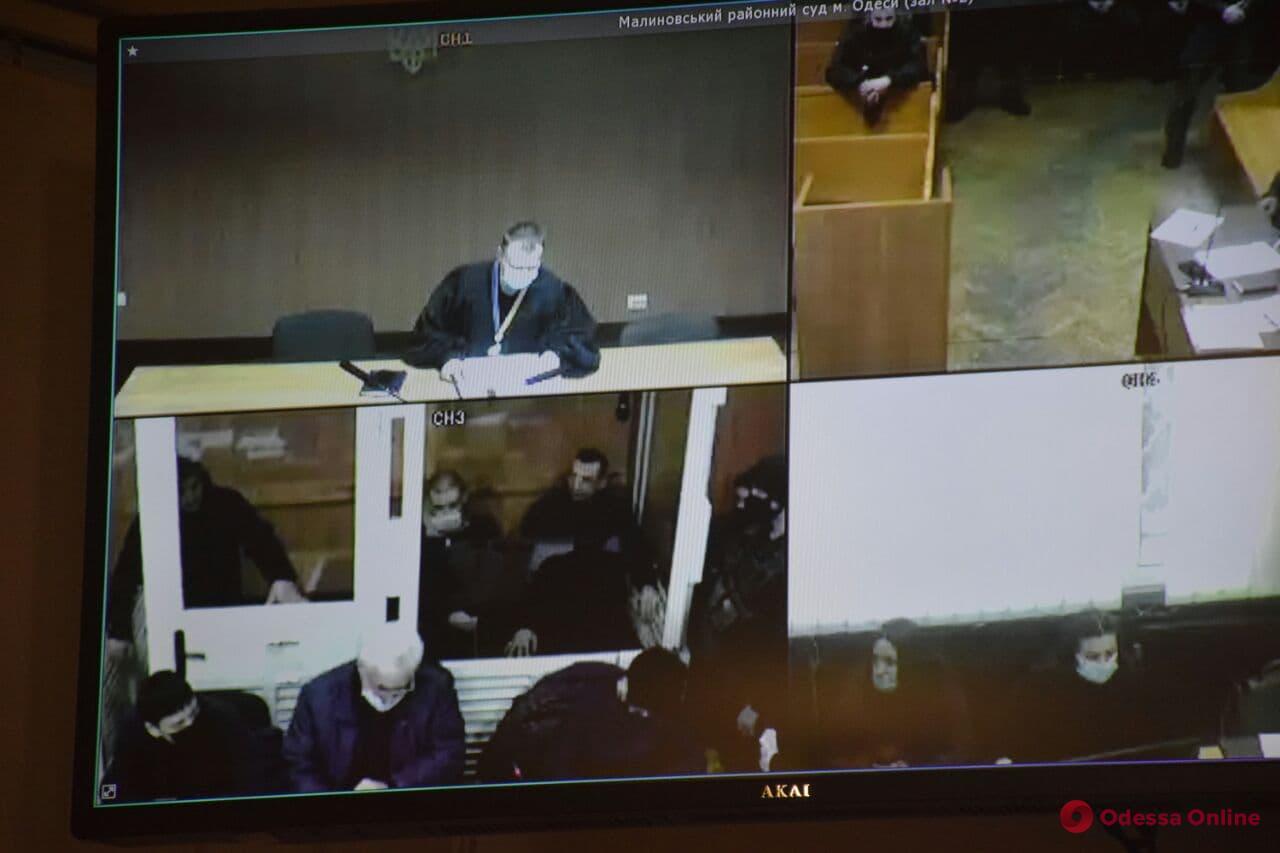 Бунт в одесской колонии: судебное заседание перенесли из-за неявки потерпевших и адвоката