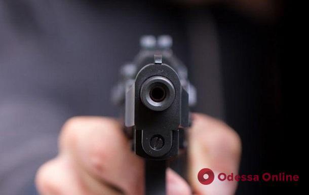 Двое военнослужащих устроили стрельбу в поезде Константиновка-Киев (обновлено)