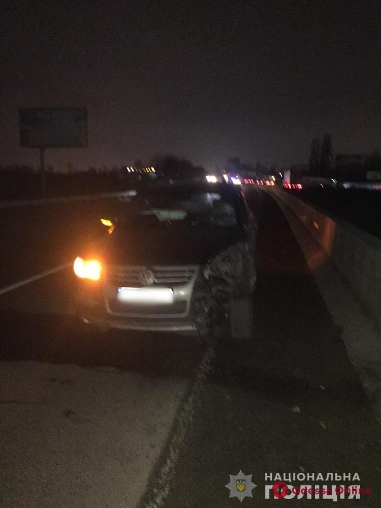 На трассе под Одессой насмерть сбили пешехода