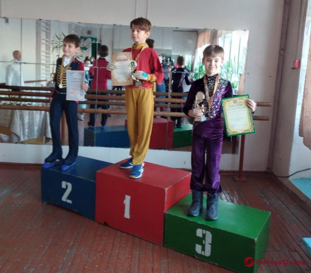Одесские фигуристы завоевали восемь медалей всеукраинского турнира