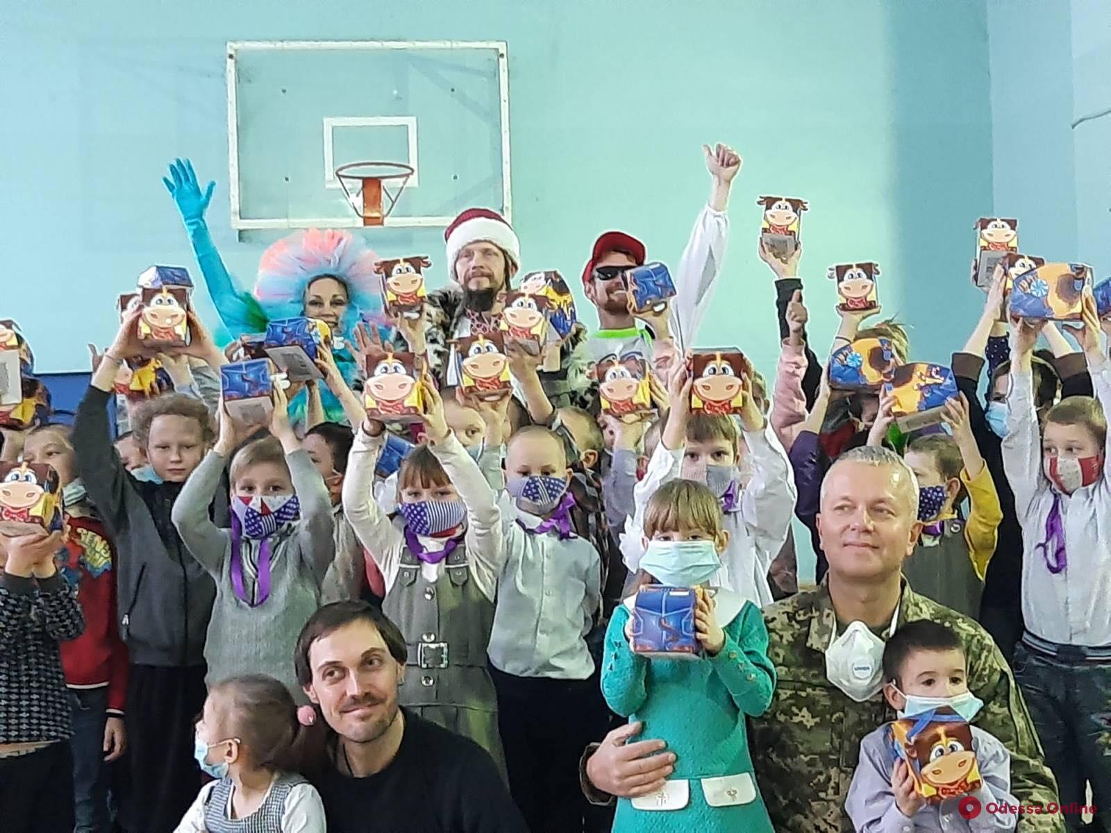 Праздничное чудо: «АТБ» помогает тысячам украинских семей порадовать ребенка в день Святого Николая