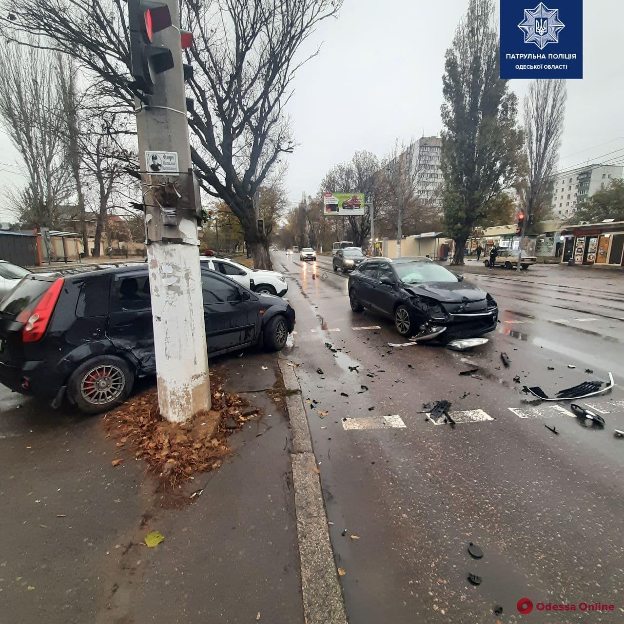 На поселке Котовского произошло ДТП с пострадавшей