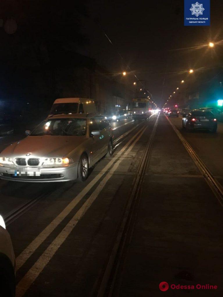 На Тираспольской водитель BMW сбил мужчину