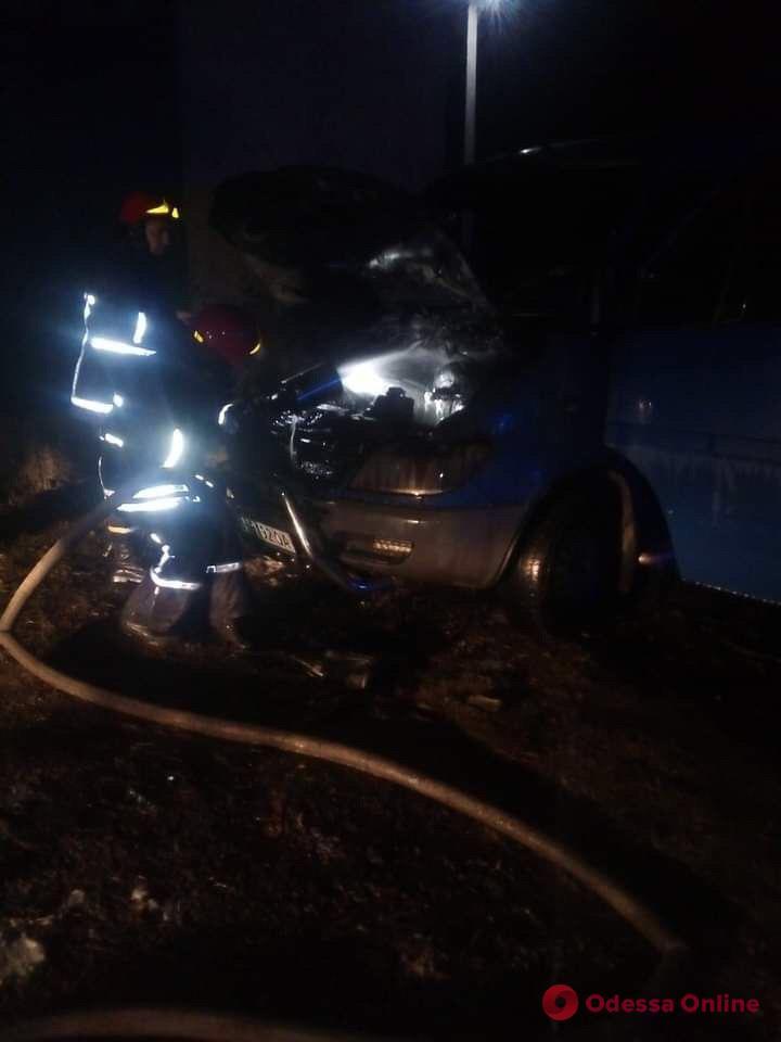 В Подольске вспыхнул микроавтобус