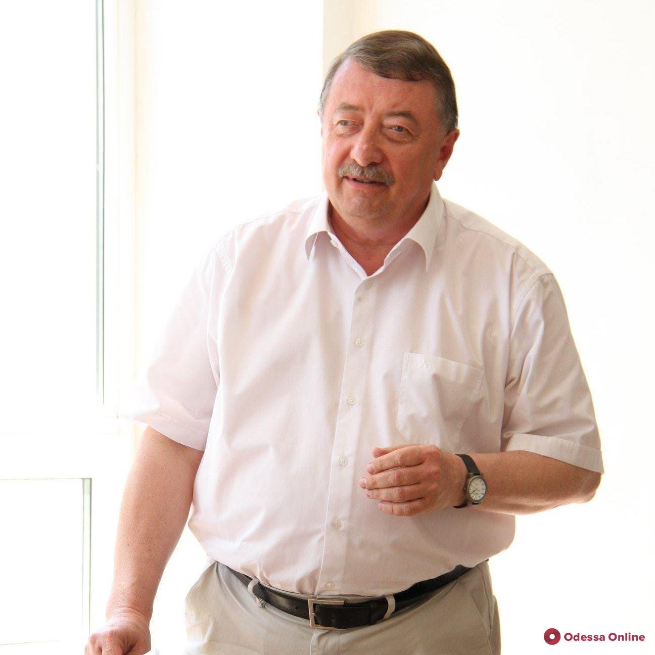 От коронавируса умер декан филологического факультета ОНУ