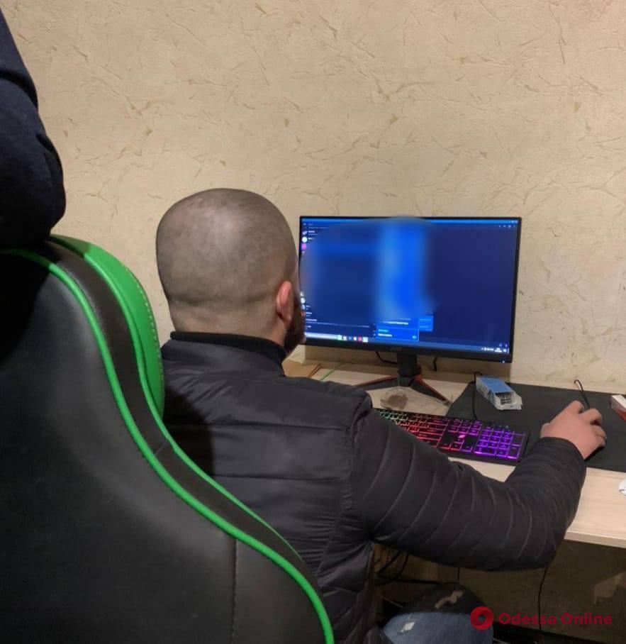 Одесские киберполицейские разоблачили хакера