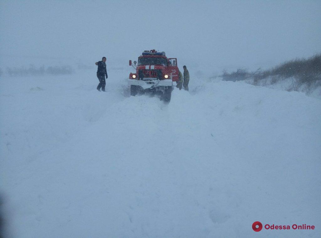 В Одесской области спасатели помогли довезти роженицу в больницу