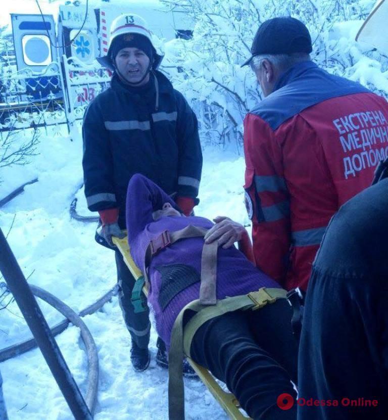 В Беляевке из-за курения в постели погибла 84-летняя женщина