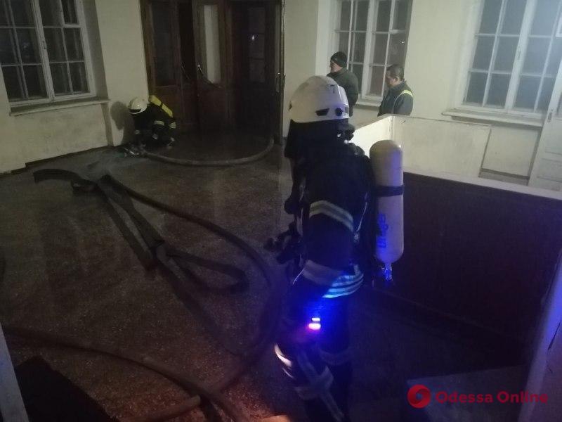 В Одессе ночью произошел пожар в общежитии юридической академии
